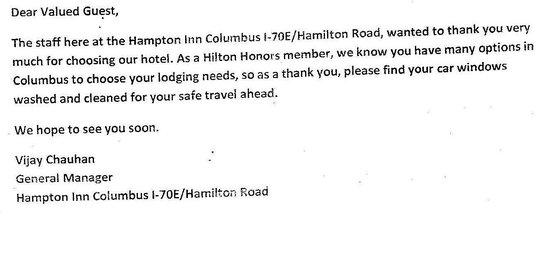 Hampton Inn Columbus Hamilton: Window washing!