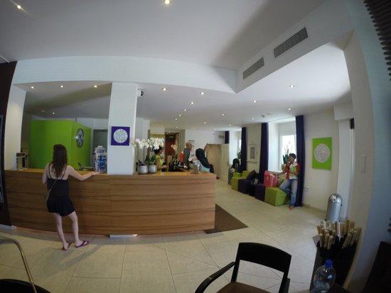 Walhalla Hotel: Lobby view