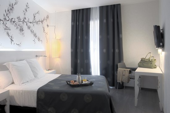 NH Barcelona Ramblas: Room