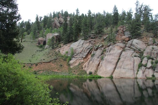 Mueller State Park: Rock Pond (old ranch pond)