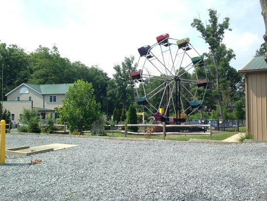 Twin Grove RV Resort & Cottages: Ferris Wheel