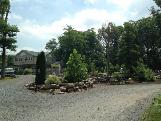 Twin Grove RV Resort & Cottages : Mini Golf Course