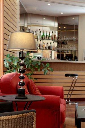 Hotel de Compostelle: Salon Bar