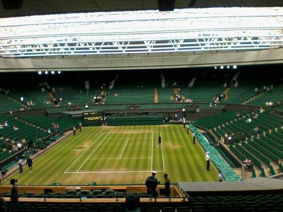 Wimbledon Lawn Tennis Museum: Before battle commenced