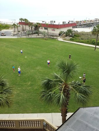 DoubleTree Resort by Hilton Myrtle Beach Oceanfront : Kickball