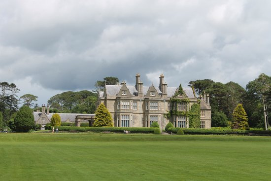 Muckross House, Gardens & Traditional Farms: Beautiful Muckross House