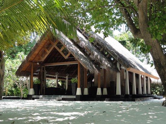 Baros Maldives: The reception