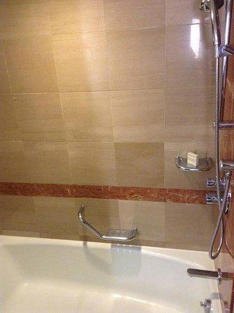Millennium Seoul Hilton : バスルーム