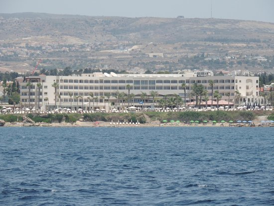 Alexander The Great Beach Hotel: Alexander the Great from the sea