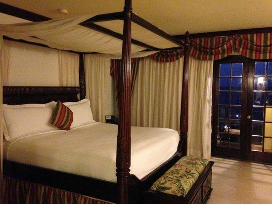 Jewel Dunn's River Beach Resort & Spa, Ocho Rios,Curio Collection by Hilton: Bedroom