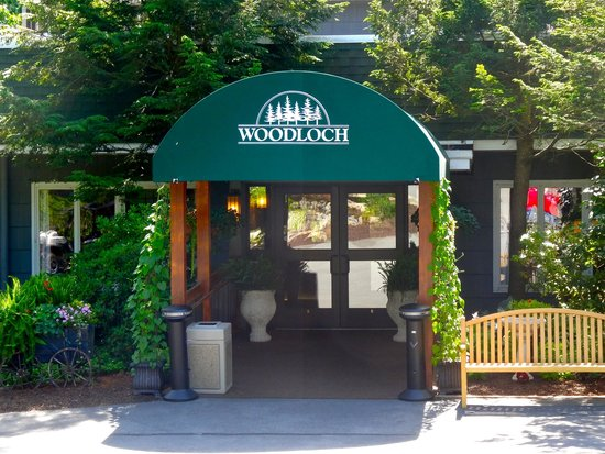 Woodloch Pines Resort: Woodloch Entrance