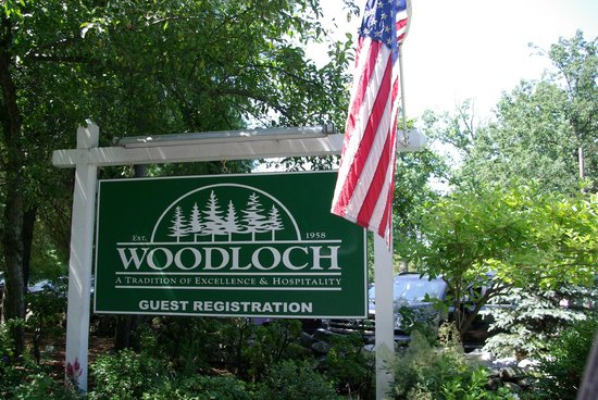 Woodloch Pines Resort: Woodloch Welcome sign