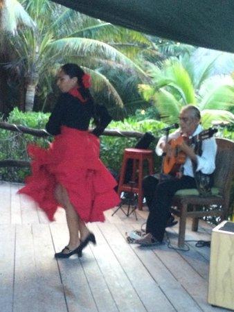 Cabanas La Luna: Flamenco Duo