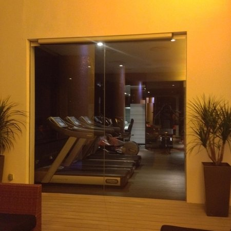 The Quincy Hotel by Far East Hospitality: 24hr gym