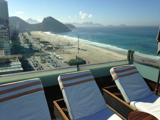 Porto Bay Rio Internacional Hotel: View looking north