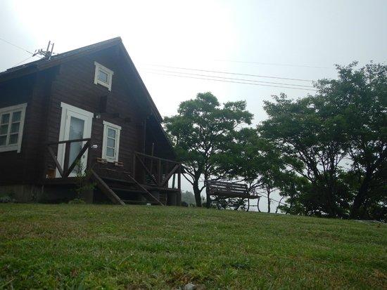 Lodge Yama : 左側コテージ
