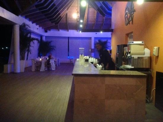 BlueBay Villas Doradas Adults Only: franklin at beach bar