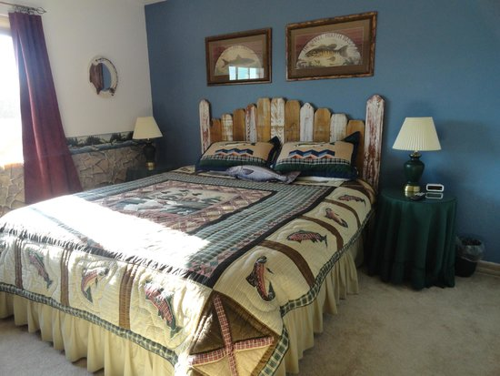 Bryce Trails Bed and Breakfast: Fisherman's room