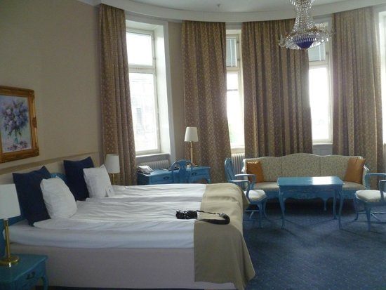Crystal Plaza Hotel: Room 603--ask for it!