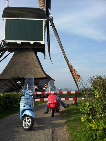 Kinderdijk Windmill Route Holland Vespa Tours