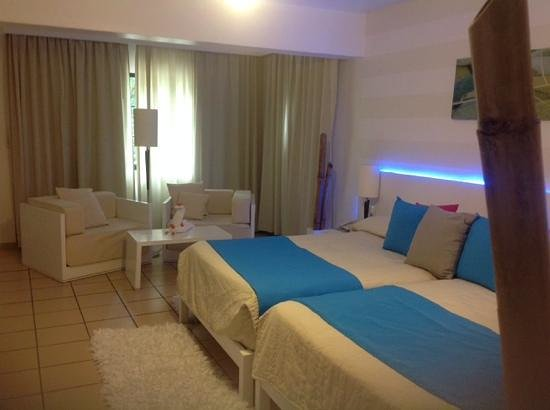BlueBay Villas Doradas Adults Only : great comfy rooms