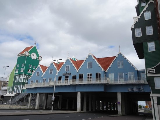Inntel Hotels Amsterdam Zaandam : The view of meeting rooms, from outside.
