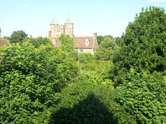 Sissinghurst Castle Farmhouse : View from window of Sissinghurst room