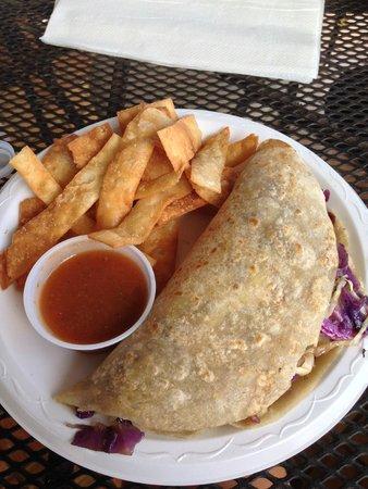 Island Taco: mahi mahi taco (just one!)