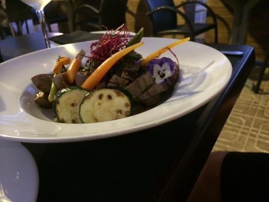 Restaurante La Fontana: tuna... cooked to perfection