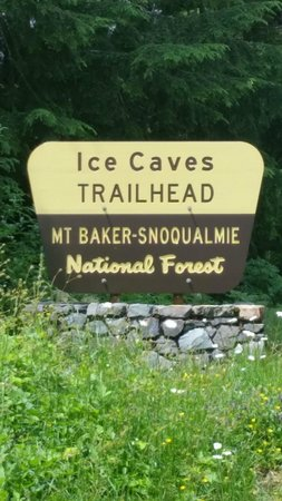 Big Four Ice Caves: Park Sign