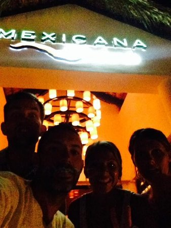 Royalton Punta Cana Resort & Casino: Mexican Cantina @ Memories