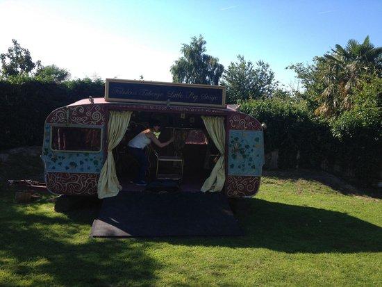 The Anchor: Best beer garden playhouse