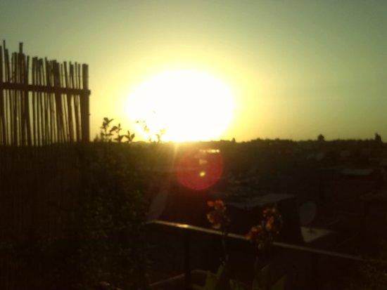 Riad Dar El Aila: sun set from roof top