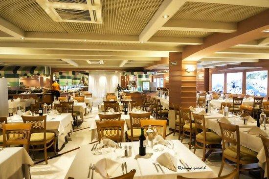 Hotel Volga: vista parcial del comedor