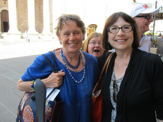 Anne's Italy : Anne (in blue), Me and photobomber Melissa in Assisi