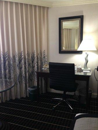 The Bristol Hotel - A Greystone Hotel : Room