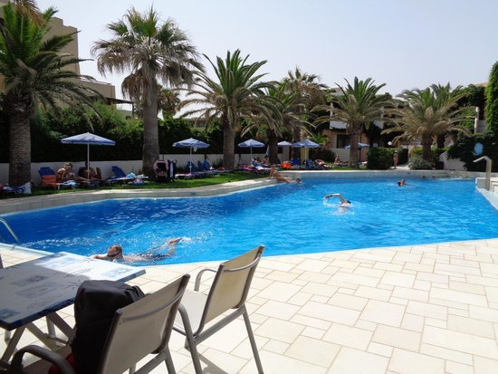 Eva Bay Hotel : basen większy