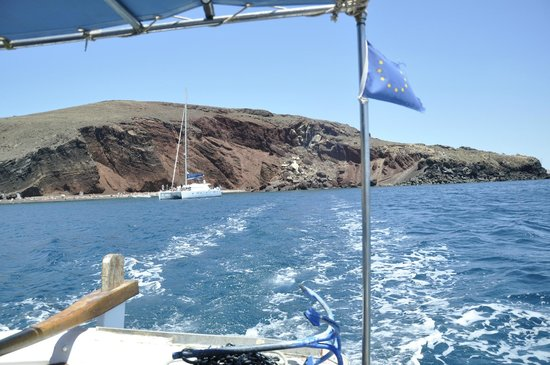 Red Beach: View from the boat- heading white beach