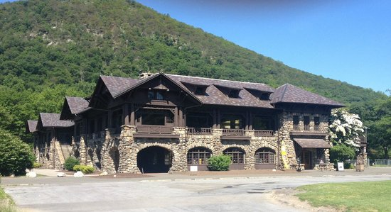 Bear Mountain, NY: Bear Mountin Inn