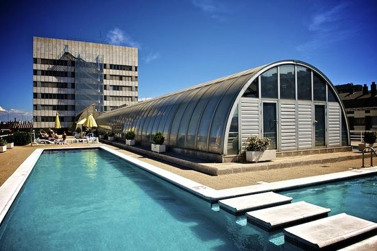Sercotel Apartamentos Eurobuilding 2: piscina
