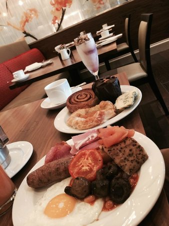 Bristol Marriott Royal Hotel: breakfast