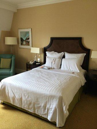 Bristol Marriott Royal Hotel : queen room #1454