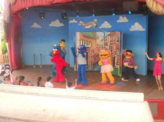 PortAventura World: Elmo and Friends