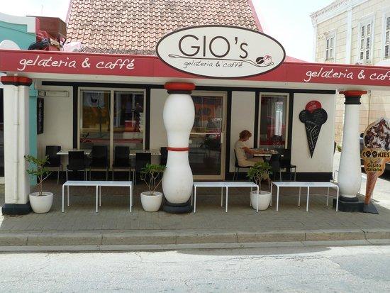 Gio's Gelateria & Caffe : Gezellig !!!