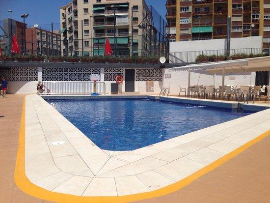 Hotel Maya Alicante: Pool