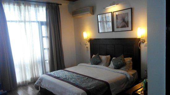 Kasauli Exotica: room