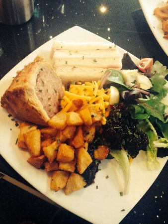 Pappa Caffs: Ploughman's lunch