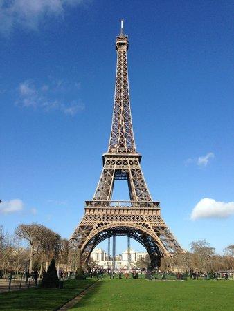 Restaurants Near Hotel Ares Eiffel