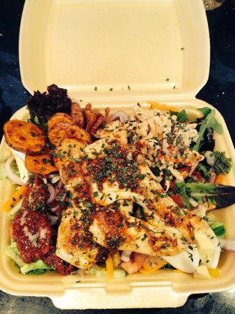 Pappa Caffs: Take-away mojito chicken salad off their gym menu