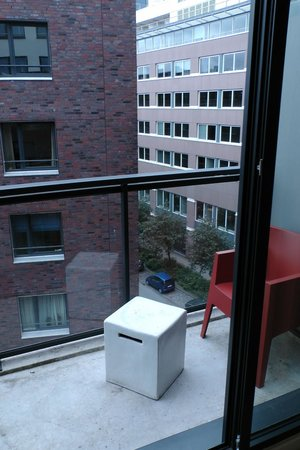 Adina Apartment Hotel Hamburg Michel: Balkon